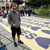 Ignacio Robles en la concentración en Getxo contra la venta ilegal de armas españolas
