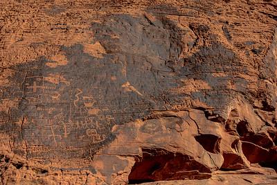 Mouse Tank Trail Petroglyphs
