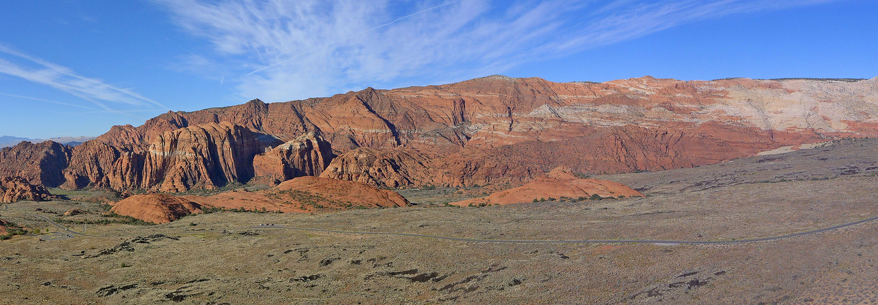 Overview of the central  part of Snow Canyon. The previous 4 pictures were taken from the domes in the middle distance,