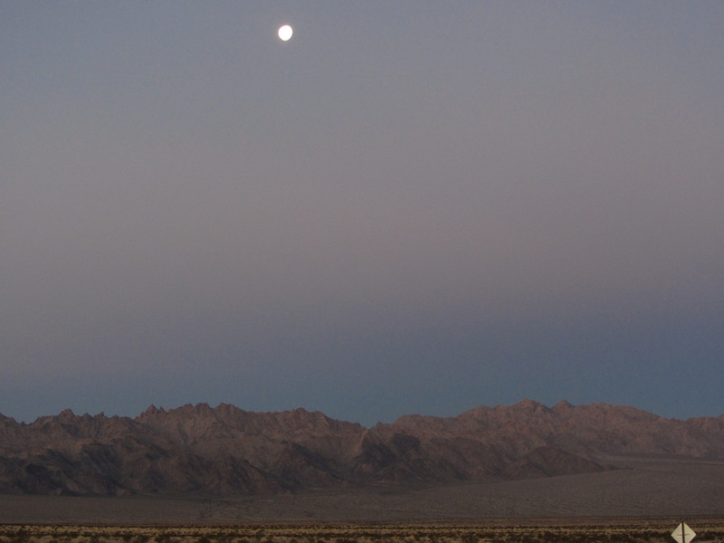 Moonset over the Coxcombs