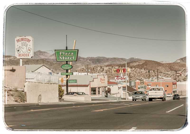 We are now driving through Barstow. There are a lot of vintage motels along the main road and one even has COLOUR tv!