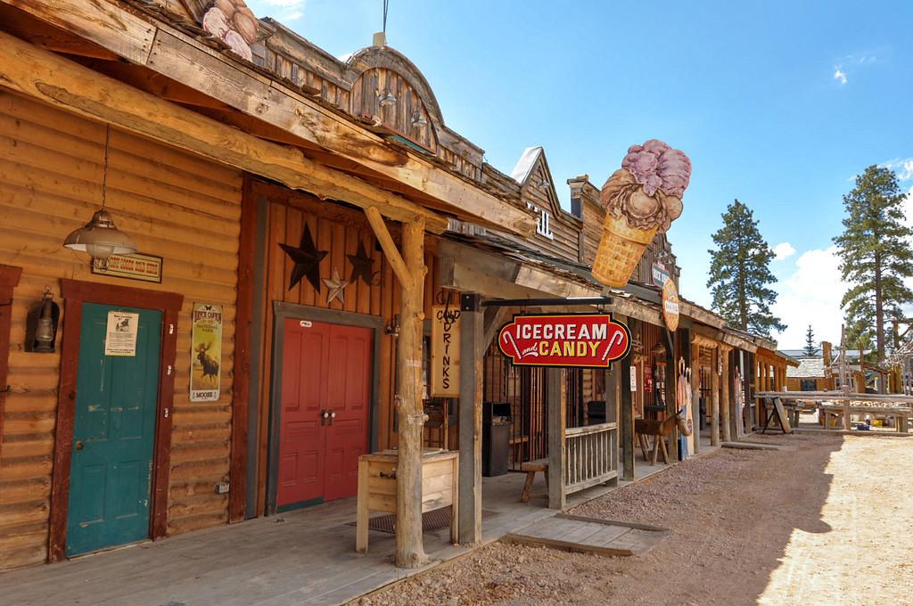 Old Bryce Town, Bryce Canyon, Utah