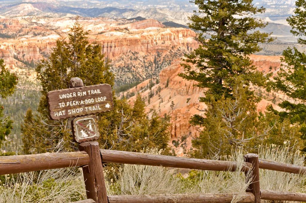 Start of Peek a Boo Trail, Bryce Canyon, Utah