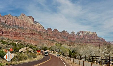 Heading towards Springdale & Zion National Park, Utah
