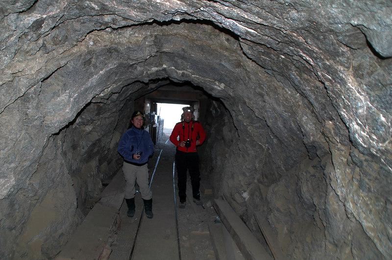 Cori and Sooz in the tunnel.