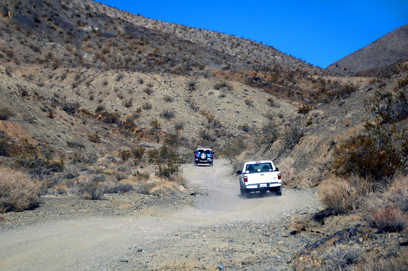 Following Sooz and Cori up Mesquite Canyon Road. Tom is further up ahead.
