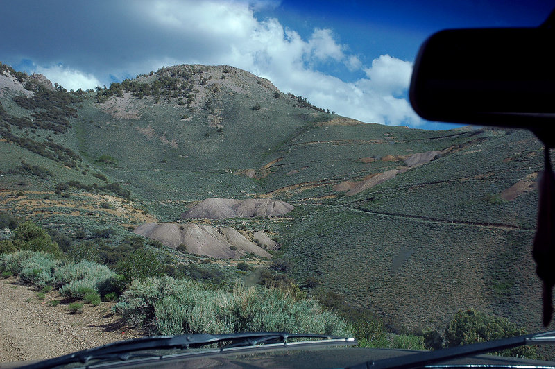The Queen Mine coming into view. The road to the saddle is rated for 4x4 past the mine. The saddle can be seen on the right of the peak.