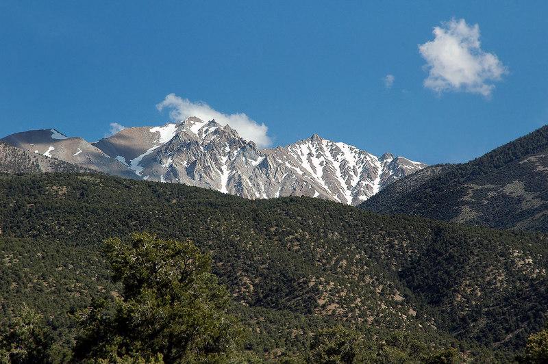 Better view of Boundary Peak at 13,140' and Montgomery Peak 13,440'.