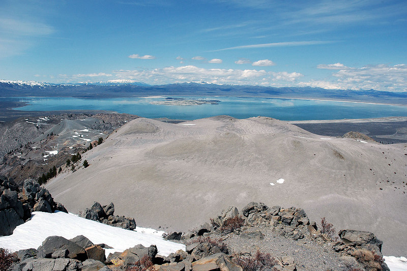 There was a great view of Mono Lake from the north edge of the crater.