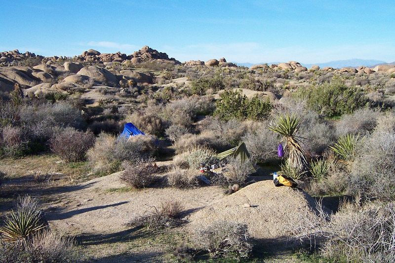 A look at our campsite the next morning. Temps got down to the low 30s, but we got lucky and there was no wind.