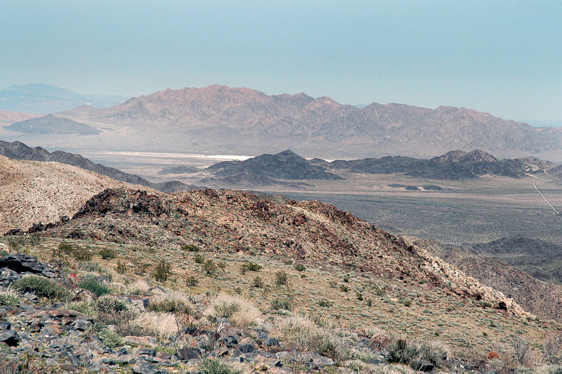 A little section of Dale Lake bed can be seen to the north.
