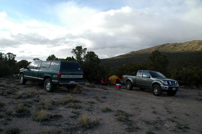This is our camp near Red Pass. The next morning Sooz, Robin and Chip headed off to hike up Red Mountain. I wasn't feeling up to it, so I stayed at camp.