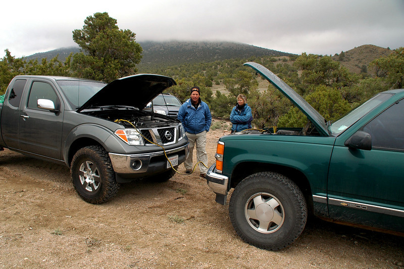 Todays plan was a hike up Rhyolite Ridge but before we could drive out there, Chip's truck needed a jump.