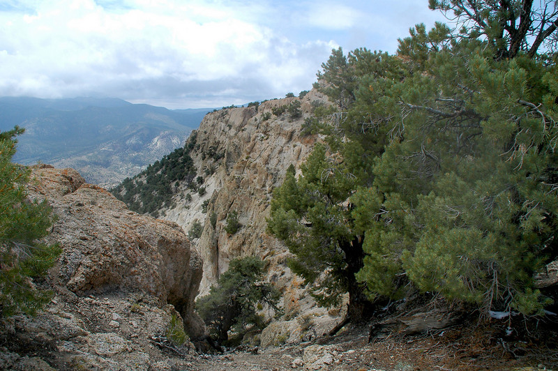 The top of Rhyolite Ridge comes into view.