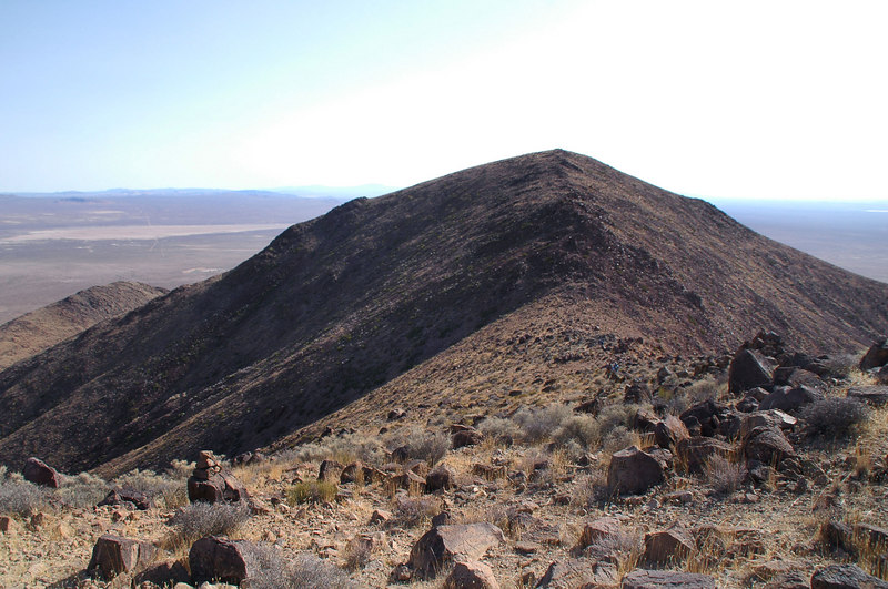 Red Mountain comes into view.