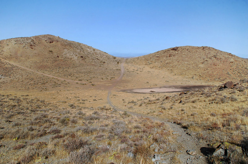 Looking back at the Racetrack as we hike on. It does look like the Racetrack from here.