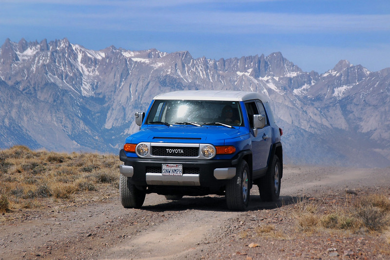 Cori's FJ with Mount Whitney.