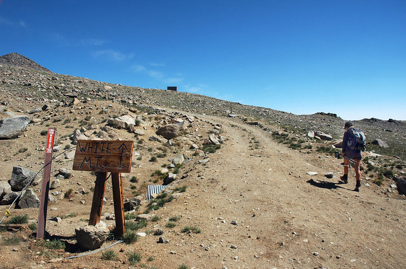 There was a few signs pointing the way to the peak at the research station. Kind of strange having those signs there. The route to the peak is on the only road that's there.