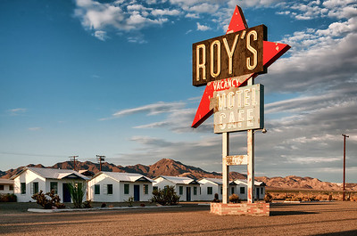 Roy's Motel Cafe