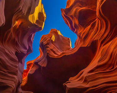 Looking Up, Lower Antelope Canyon