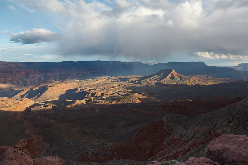 The Red Pagoda and afternoon virga from Whitmore Point