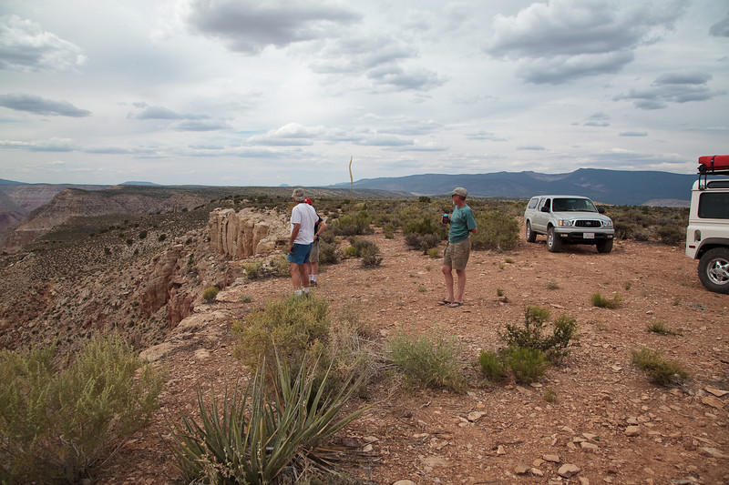 Stopping at a great overlook into Parashant Canyon