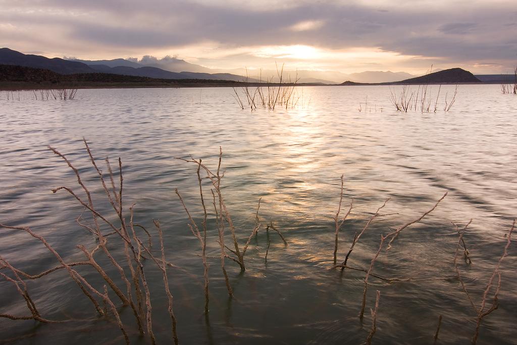 Sunset 4, Roosevelt Lake from Cottonwood Cove