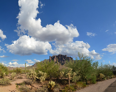 D7000_20110916_1606_DSC_1711--1715-Panorama-SuperstitionMountains-2