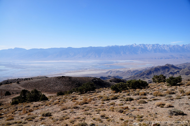 Owens Valley below - with a little water.