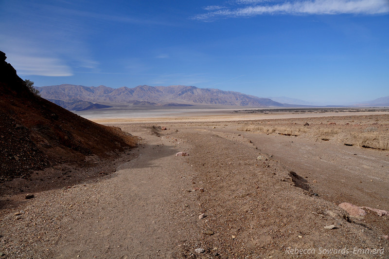 The access to Desolation Canyon is a short distance south of Golden Canyon down a nondescript dirt road. The road dead ends where it was washed out in the 2004 floods, then it is cross-country to the canyon for about half a mile.