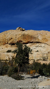 Nice rock formations along the way.