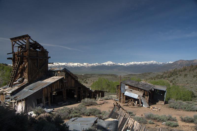 Chemung Mine ruins and Sierra