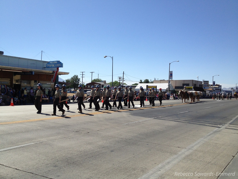 We ended up in Bishop during the Mule Days parade. Yay for trail maintainers and firefighters!