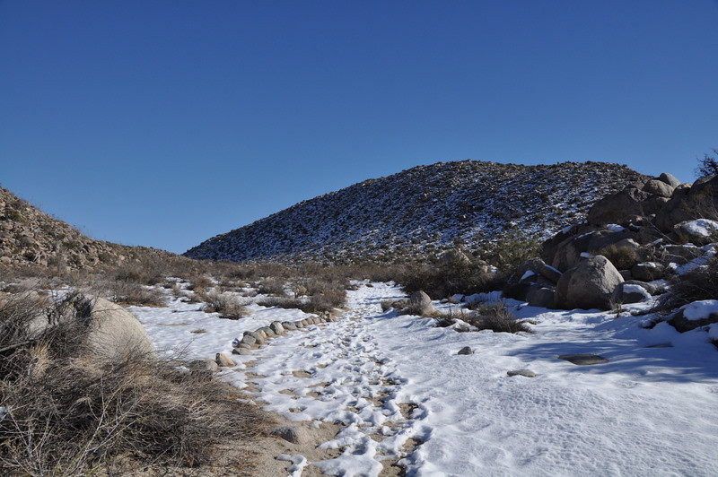 It's pretty shaded (north facing) in here so this was a cold hike through snow.