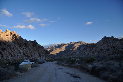 After queen mountain we headed over to Indian Cove to meet up with the Socal 4x4 geocachers.