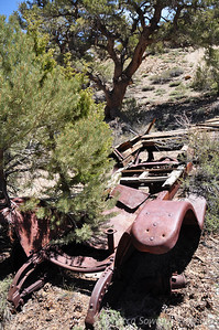 Sunday morning - drove out to the southern Whites to hike Black Mountain. The road in is about 4 twisty miles of sharp rocks. Found this goner at the 'trailhead' (no trail - just a cross country route to the peak).