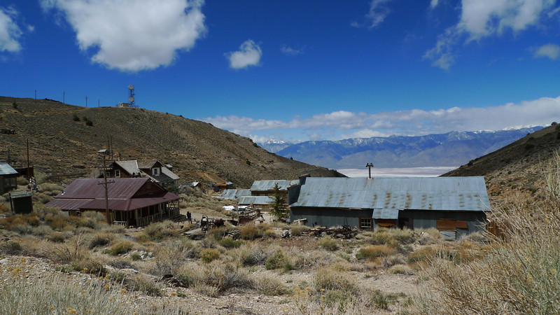 Cerro Gordo with the SIerra in the distance and Owens Lake far below