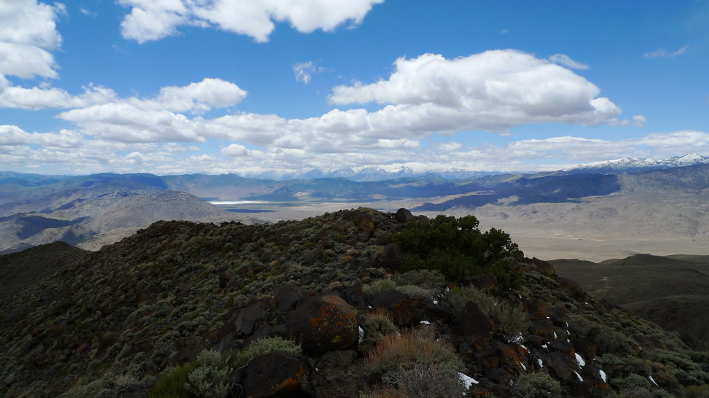 View towards the Sierra from the summit. Palisade Region (Mt Sill is still peeking out).