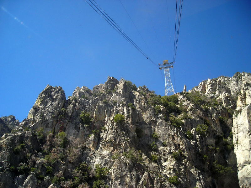 Approaching one of the big tram towers