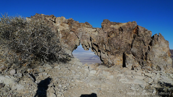 A little rock arch along the way.