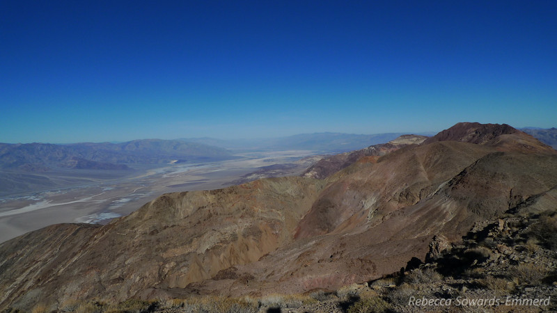 The canyons below us leading the ~6k down to Badwater were rugged and colorful. We met a few canyoneers who were doing the Dante's to Badwater route. Funny, I like to climb UP things, they like to climb DOWN things. I guess that's why I don't spend much time in Canyons.