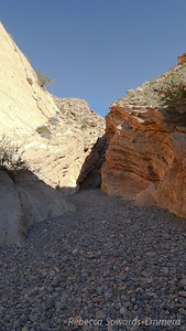 Finally we get to the narrows section. Really nice rock through here, but bad lighting. Oh well.