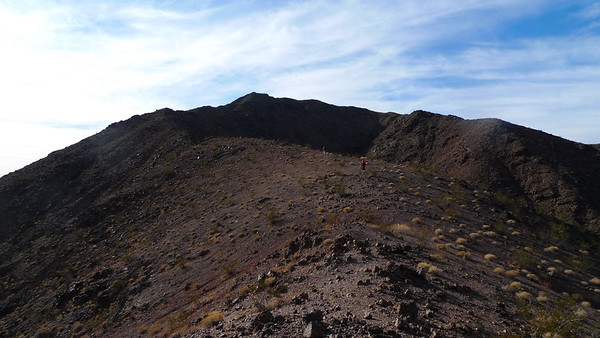 Heading up the ridge. Easy and nice hike.