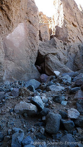 There is another slot canyon through that jumble of rocks. This one is great!