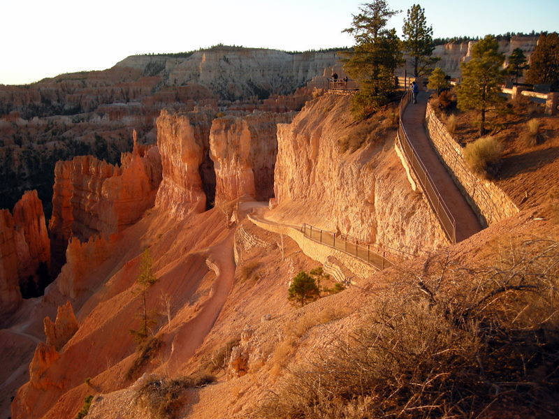 View of the trail that switchbacks steeply down into the Hoodoos from Sunset Point
