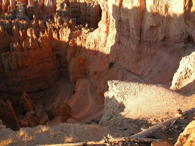 The Navajo Loop trail  Drops steeply into the Hoodoos