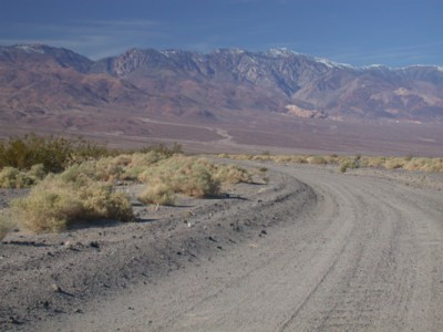 Driving in to Death Valley (West side road)