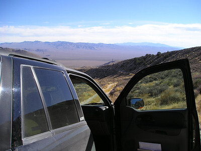Looking back down the 4WD track into Last Chance mine ruins