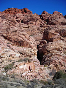 In the Calico Rocks  we did a short (~mile round trip) walk down the canyon to find some caches and enjoy the views.