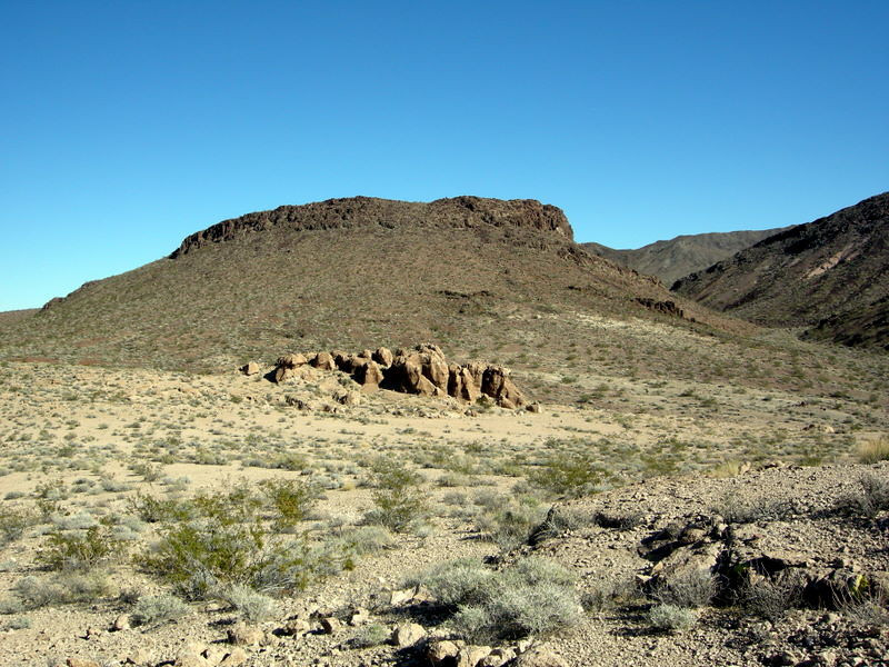 Another promising rock outcrop<br /> <br /> Unfortunately, we saw them around every turn, and kept striking out